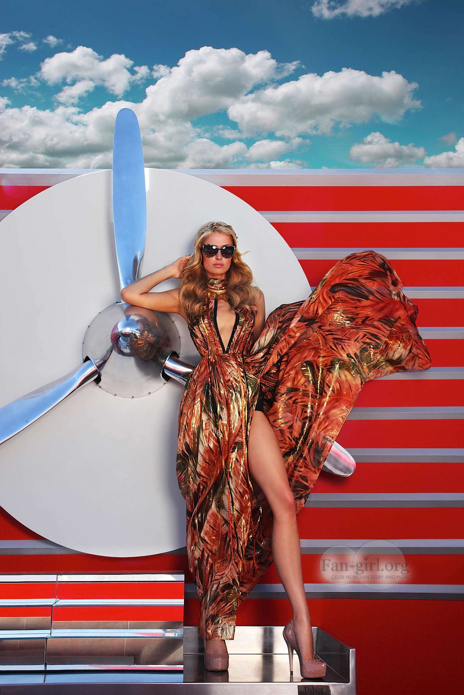 Paris hilton glamour shoot in ibiza 05 gotceleb - Paris hilton ibiza ...