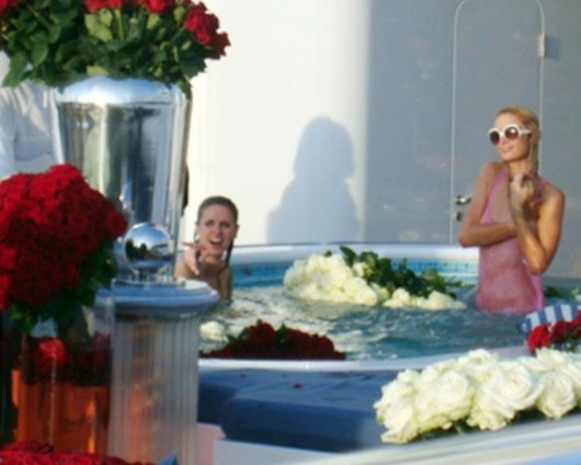 paris-hilton-in-a-pool-in-cannes-03