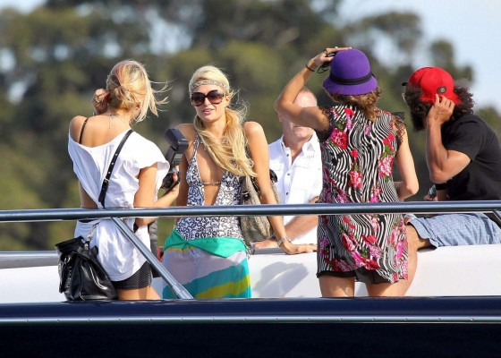 Paris Hilton in a swimsuit in Sydney-02