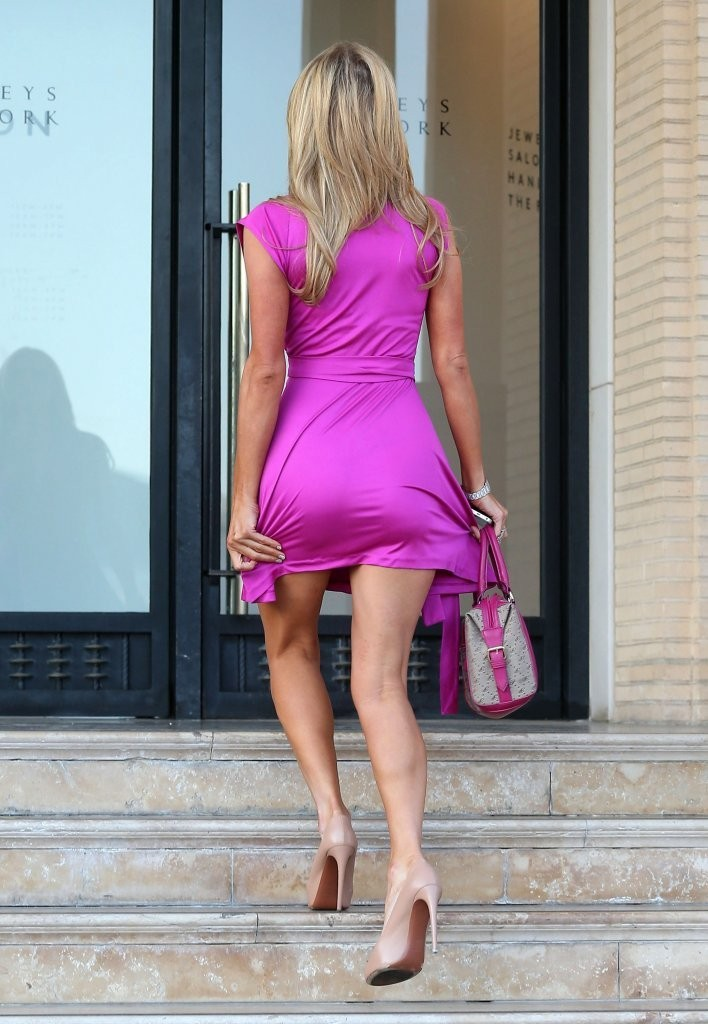 Paris Hilton Shopping Candids At Barney S Gotceleb