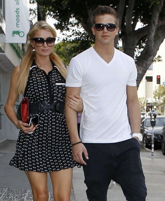 Paris Hilton – Shopping Candids -19