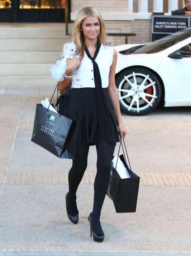 Paris Hilton – Shopping in Beverly Hills