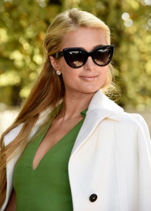 Paris Hilton - Valentino Fashion Show 2015 in Paris