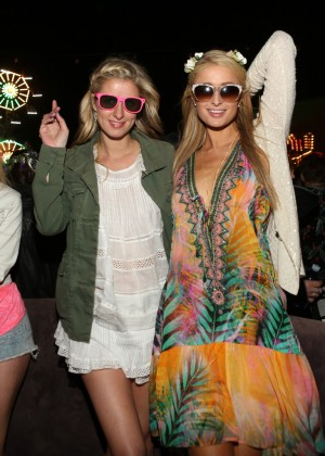 Paris and Nicky Hilton: 2014 Coachella -02