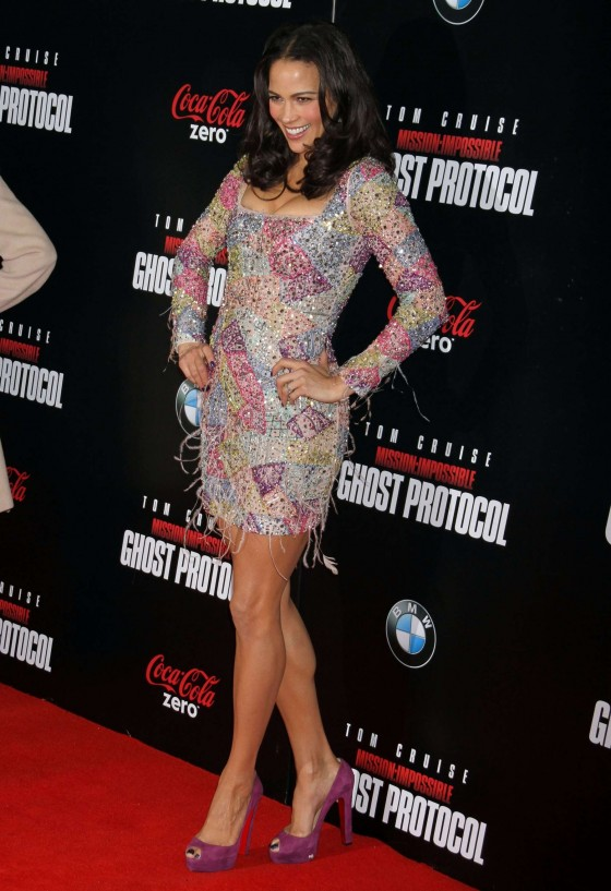 Paula Patton – Hot at Mission Impossible Ghost Premiere-05