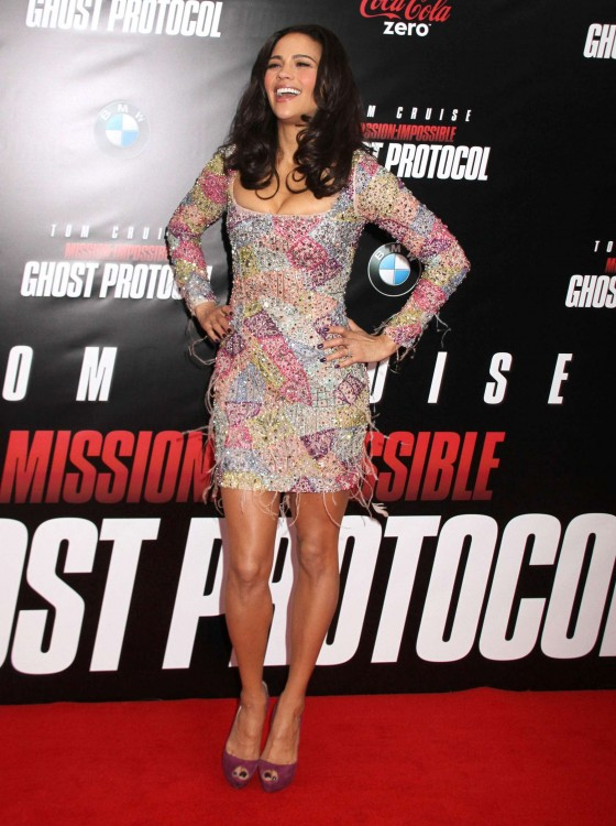 Paula Patton – Hot at Mission Impossible Ghost Premiere-23