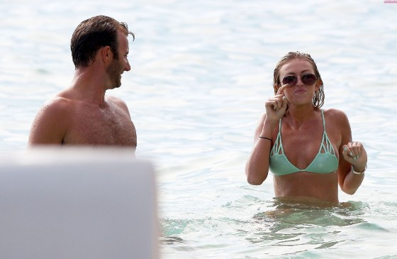 Paulina Gretzky – Hot Bikini Body -14