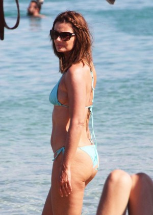 Paulina Porizkova in Bikini on Miami Beach
