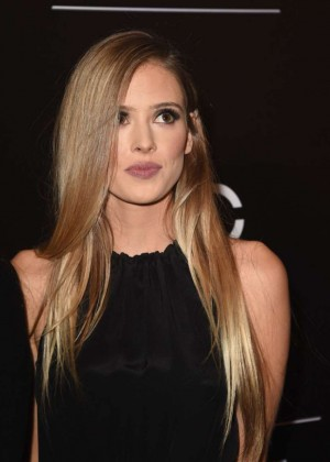 Paulina Slagter - 2014 PEOPLE Magazine Awards in Beverly Hills