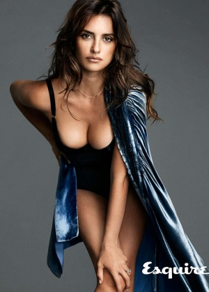 Penelope Cruz Posing In A Sexy Lingerie For Esquire