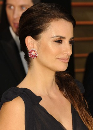 Penelope Cruz: Oscar 2014 - Vanity Fair Party -02