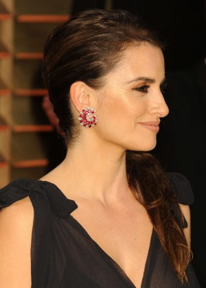 Penelope Cruz: Oscar 2014 - Vanity Fair Party -08