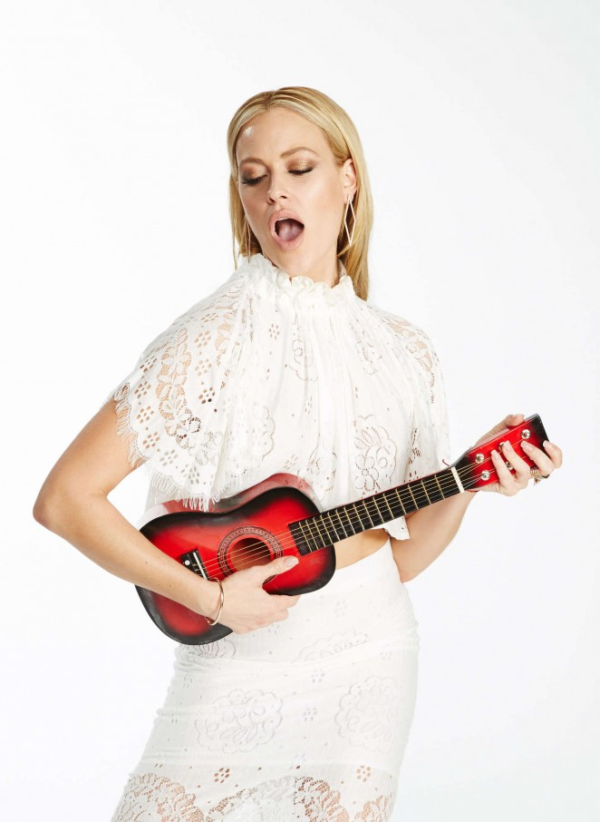 Peta Murgatroyd - KIIS FM's Jingle Ball 2014 Portraits