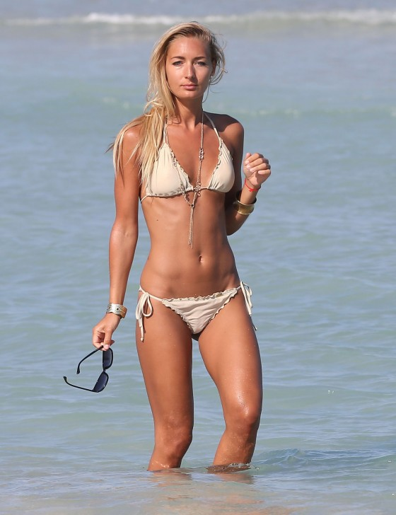 Petra Benova - Seen with a friend in a bikini on a beach in Miami -16
