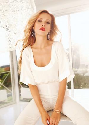 Petra Nemcova: Modern Luxury Magazine 2014 -07