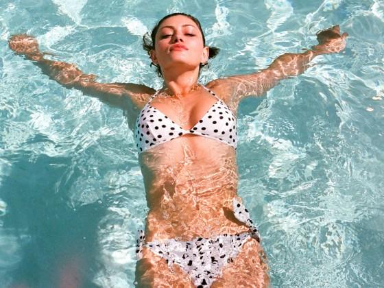 Phoebe Tonkin Bikini Photoshoot -14