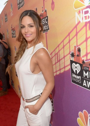 Pia Toscano: 2014 iHeartRadio Music Awards -10