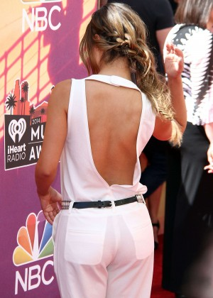 Pia Toscano: 2014 iHeartRadio Music Awards -13