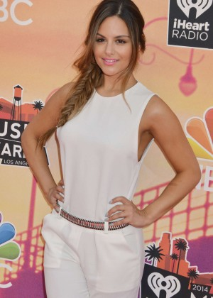 Pia Toscano: 2014 iHeartRadio Music Awards -16