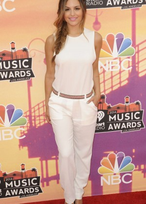 Pia Toscano: 2014 iHeartRadio Music Awards -25