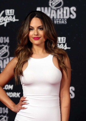 Pia Toscano: 2014 NHL Awards -01