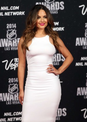 Pia Toscano: 2014 NHL Awards -02