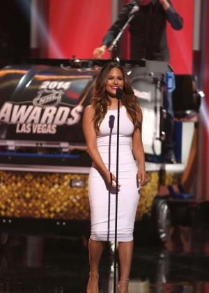 Pia Toscano: 2014 NHL Awards -04