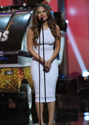Pia Toscano: 2014 NHL Awards -13