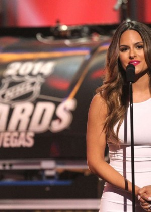 Pia Toscano: 2014 NHL Awards -16