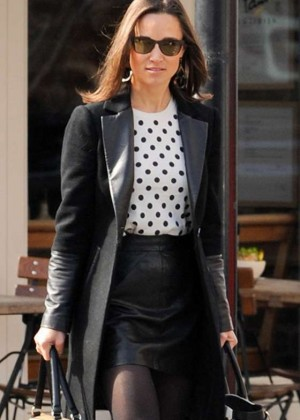 Pippa Middleton in Leather Skirt -04