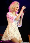 Pixie Lott looks lovely in a short dress -10