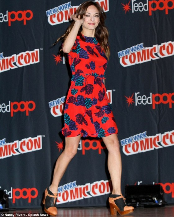 pKristin Kreuk: Beauty and the Beast Panel at New York Comic Con -06
