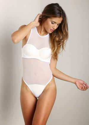 Rachel Barnes in Bikini -09