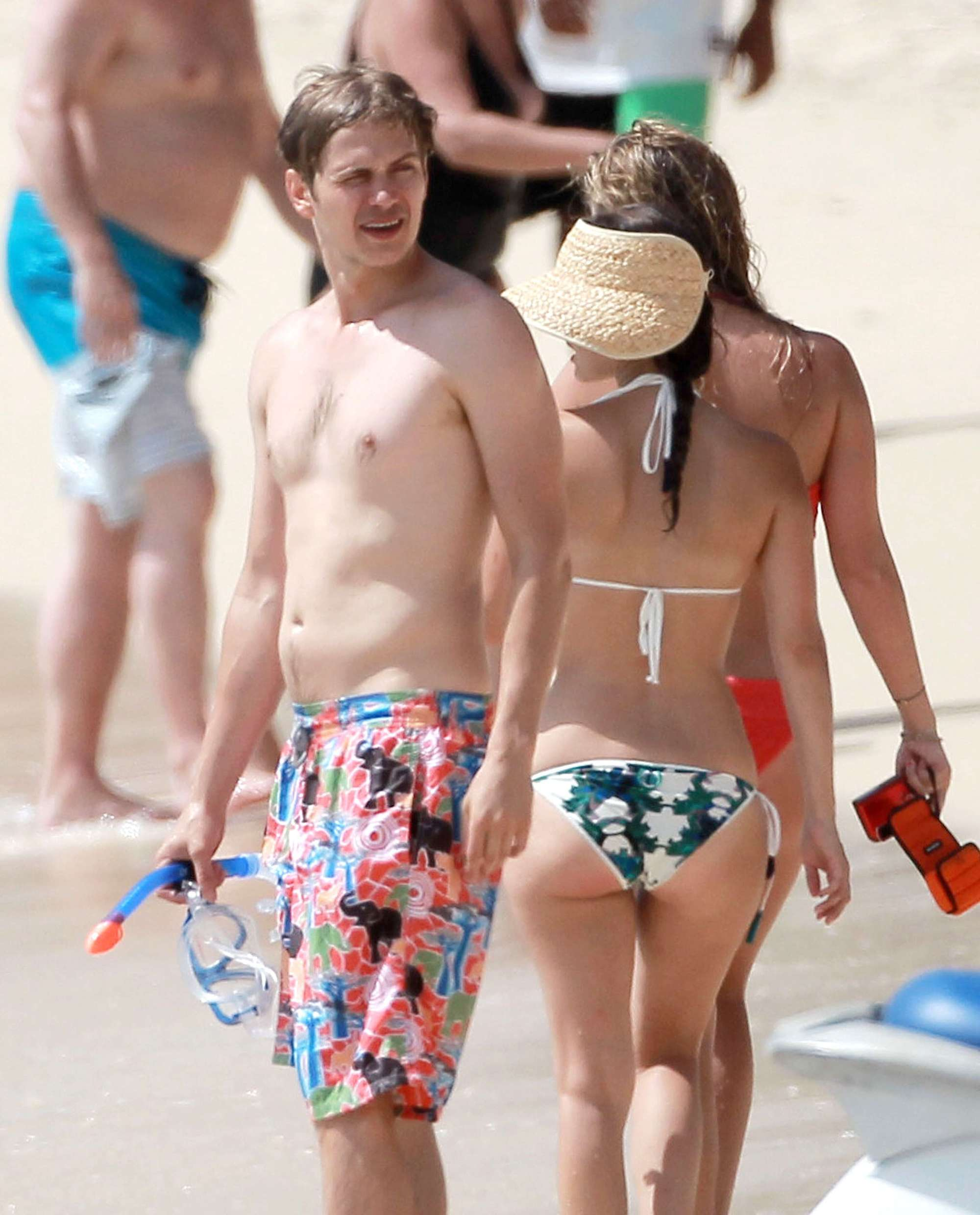Back to FULL gallery Rachel Bilson – wearing a bikini on the beach ... Emma Watson