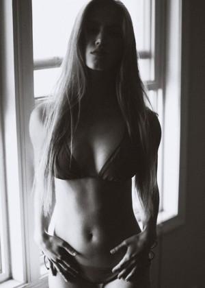 Rachel Faulkner - Bikini Photoshoot 2014