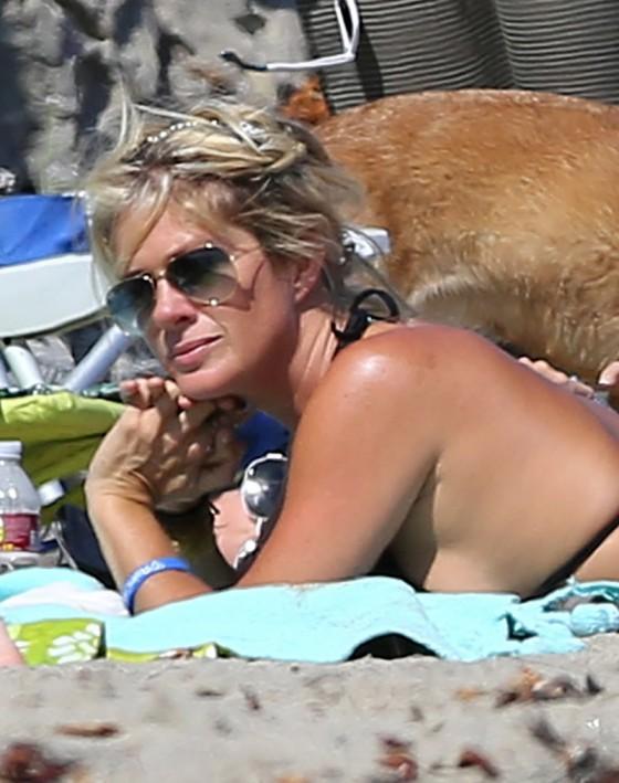 Rachel Hunter in Bikini in Malibu-22