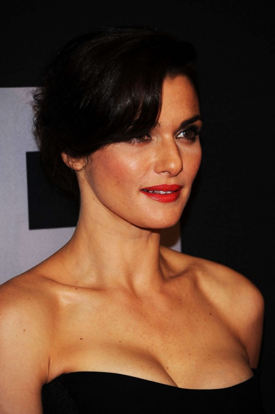 rachel-weisz-at-the-bourne-legacy-premiere-in-new-york-18