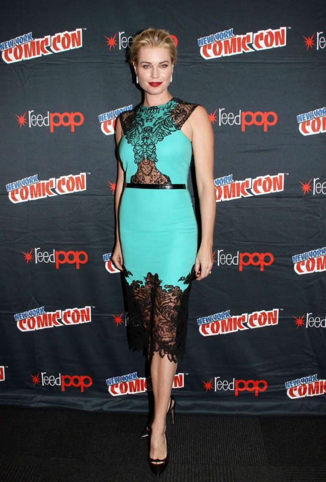Rebecca Romijn - 2014 New York Comic-Con: Day 2