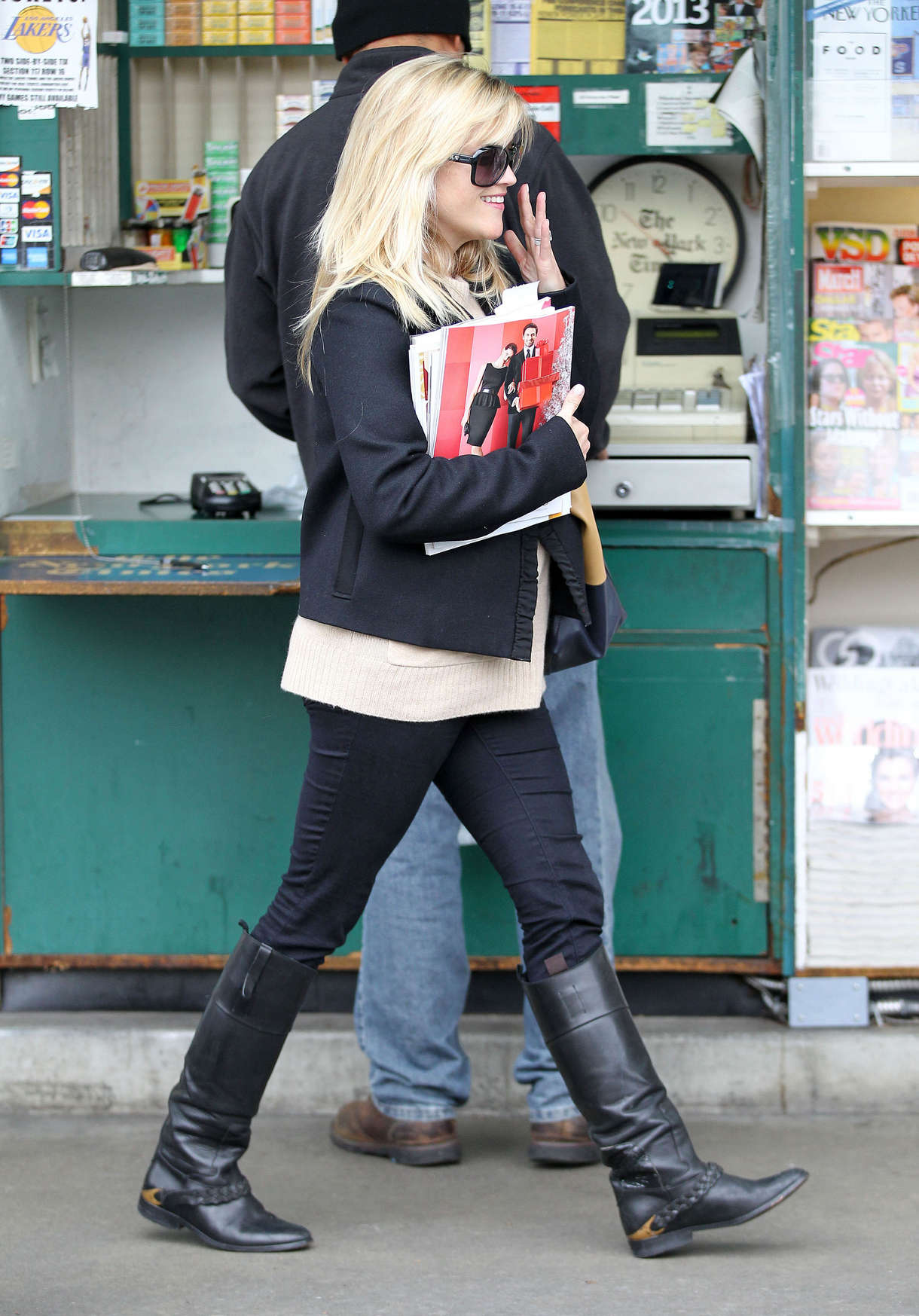 Reese Witherspoon In Boots 03 Gotceleb