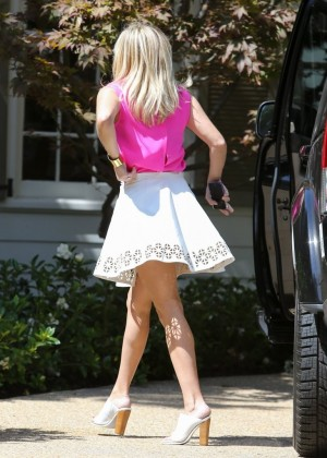 Reese Witherspoon - Going to a meeting in LA