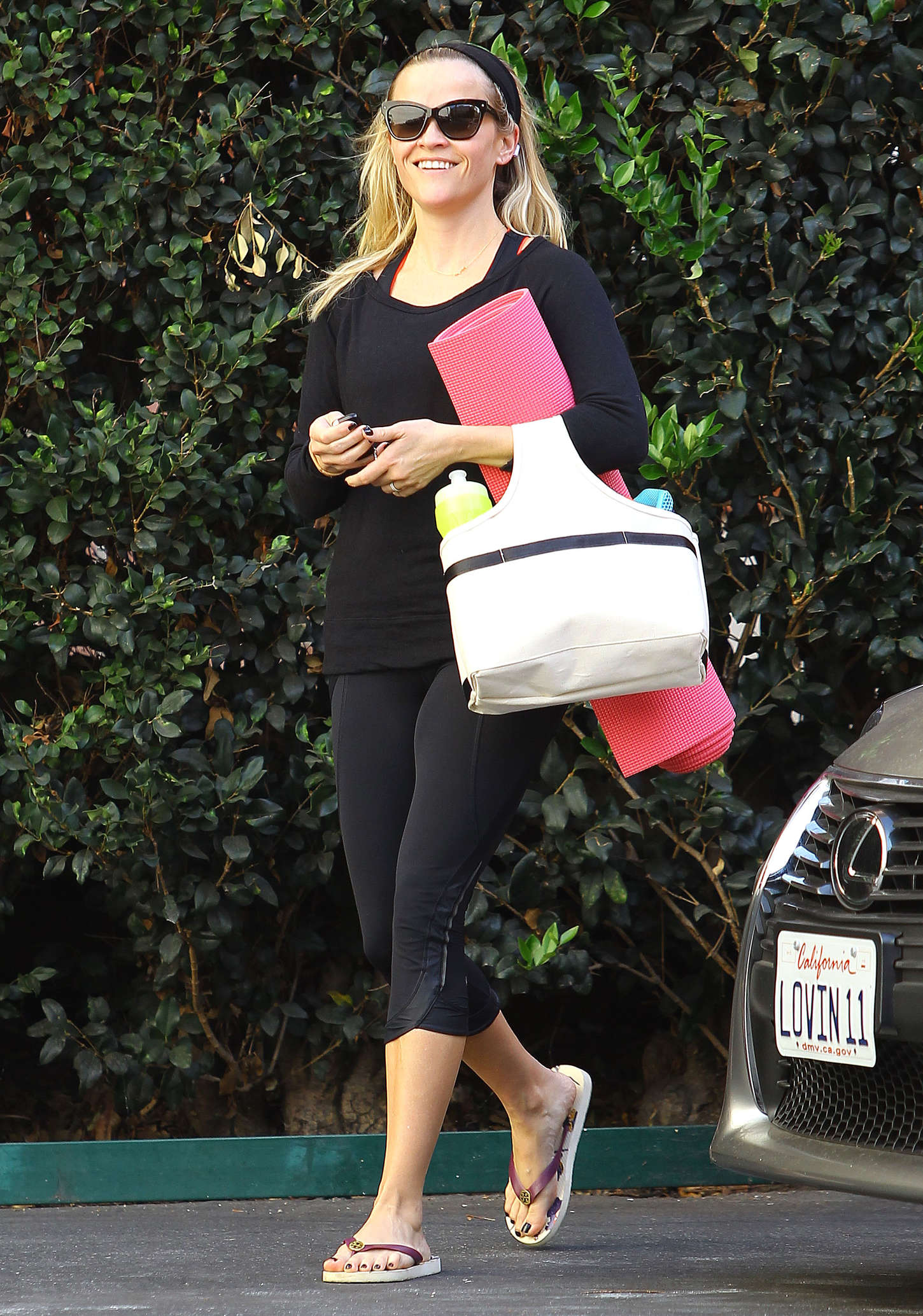 Reese witherspoon pantyhose