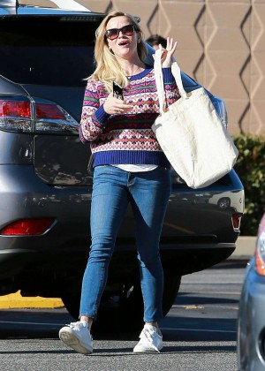 Reese Witherspoon Booty in Jeans -07