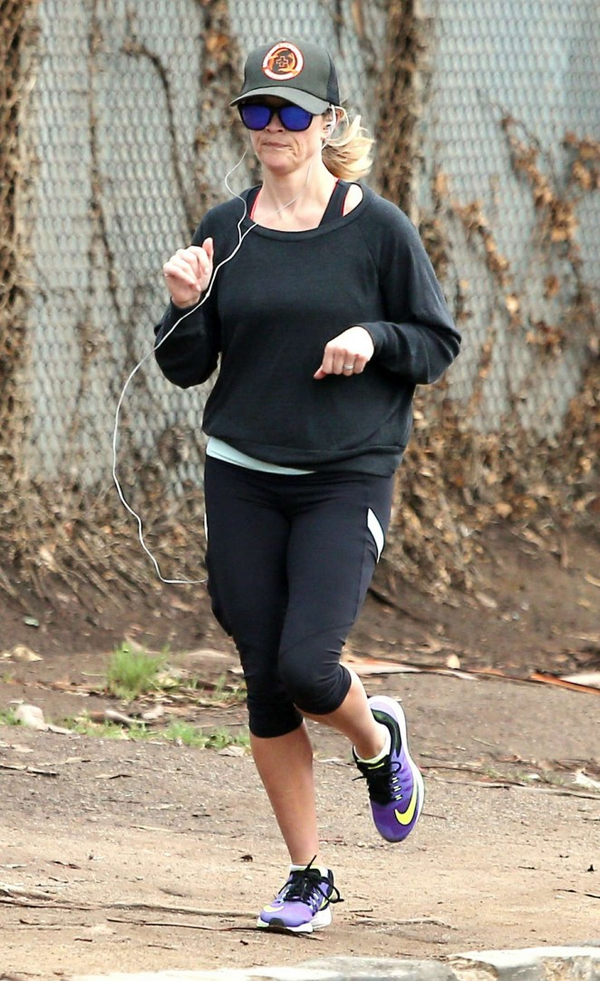 Reese Witherspoon in Leggings - Jogging in Brentwood