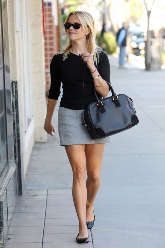 Reese Witherspoon – Leggy Candids out shopping in Beverly Hills