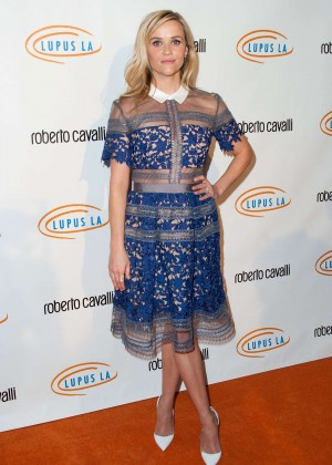 Reese Witherspoon: Lupus LA Hollywood Bag Ladies Luncheon -03