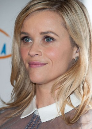Reese Witherspoon: Lupus LA Hollywood Bag Ladies Luncheon -08