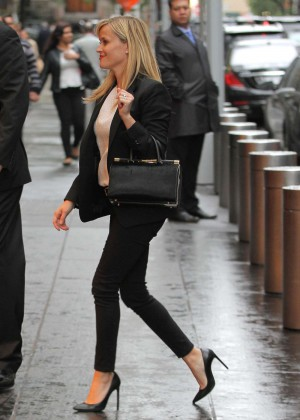Reese Witherspoon in Tight Pants out in NYC