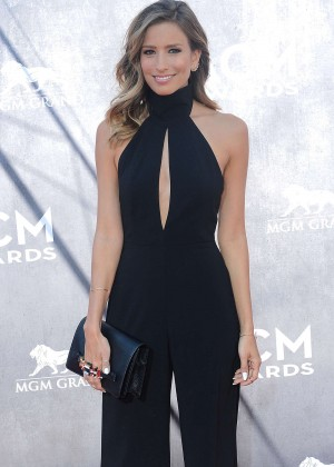 Renee Bargh: 2014 Academy of Country Music Awards -03