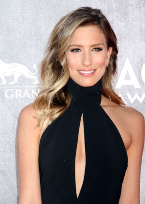 Renee Bargh: 2014 Academy of Country Music Awards -04