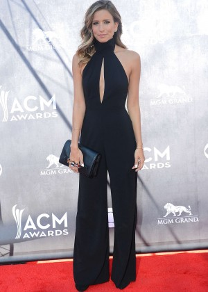 Renee Bargh: 2014 Academy of Country Music Awards -05